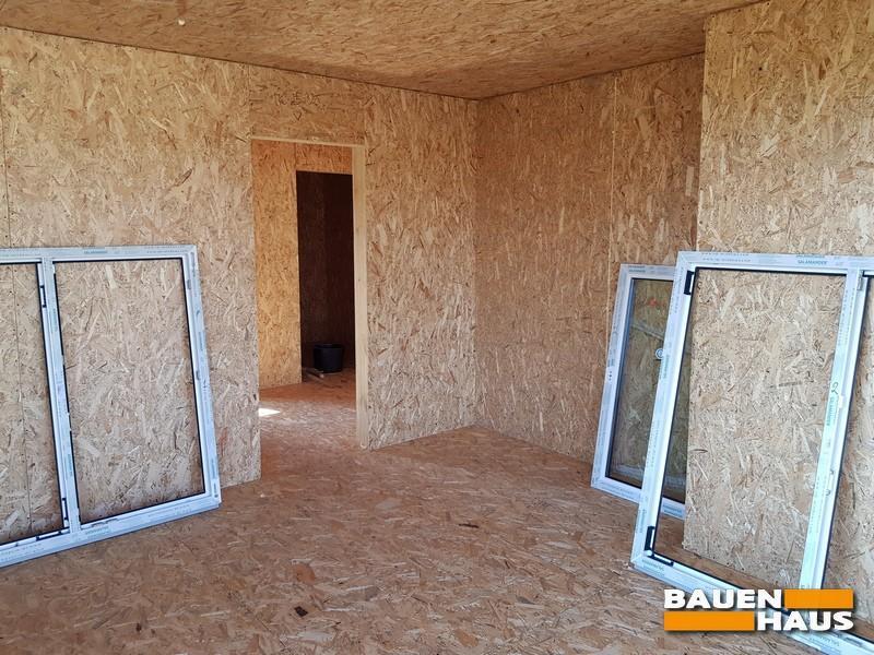 Теплый монтаж окон в доме из СИП панелей