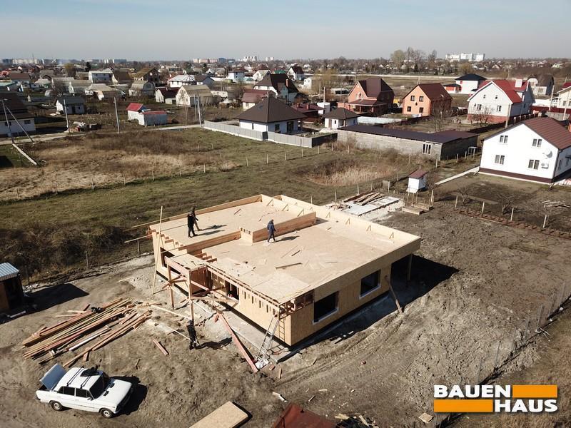 Плоская крыша в одноэтажном доме из СИП панелей