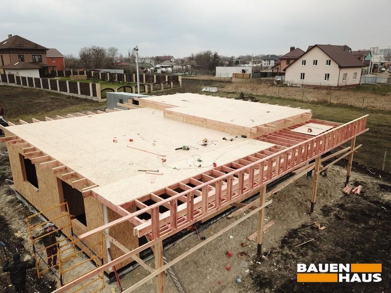 По проекту предусмотрена большая терраса